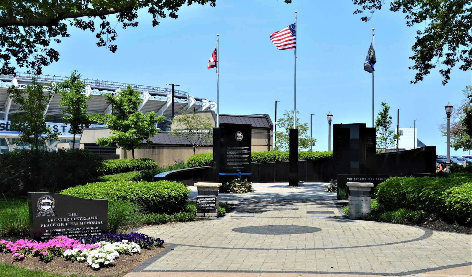 Peace Officers Memorial a  20a